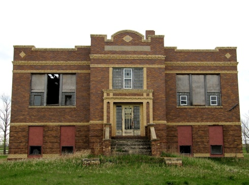 The west elevation of the 1920 Progressive School in Crystal Springs, North Dakota.