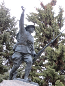 The WWI monument outside of the Richland County Courthouse in Wahpeton, North Dakota. Photo from November 2012.